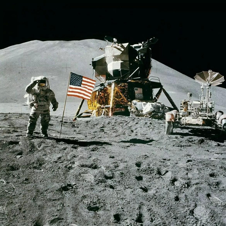 primeira mulher na lua