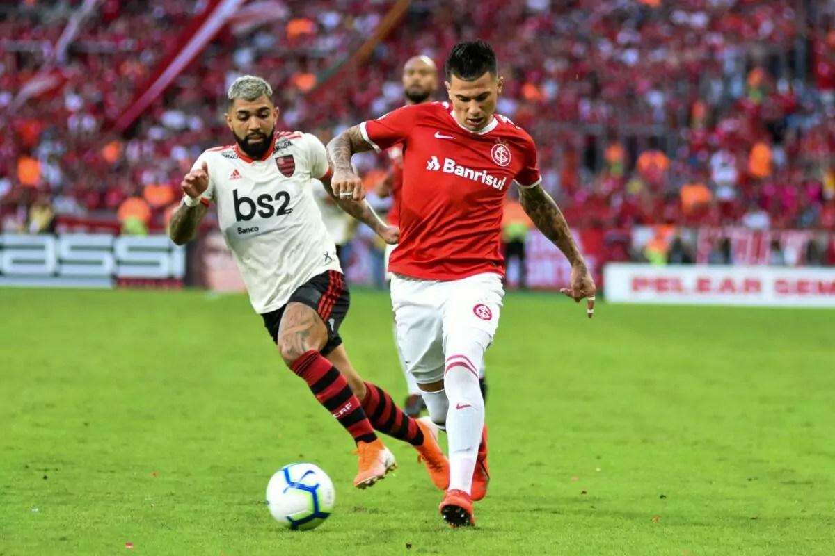 Internacional e Flamengo disputam liderança do Campeonato Brasileiro