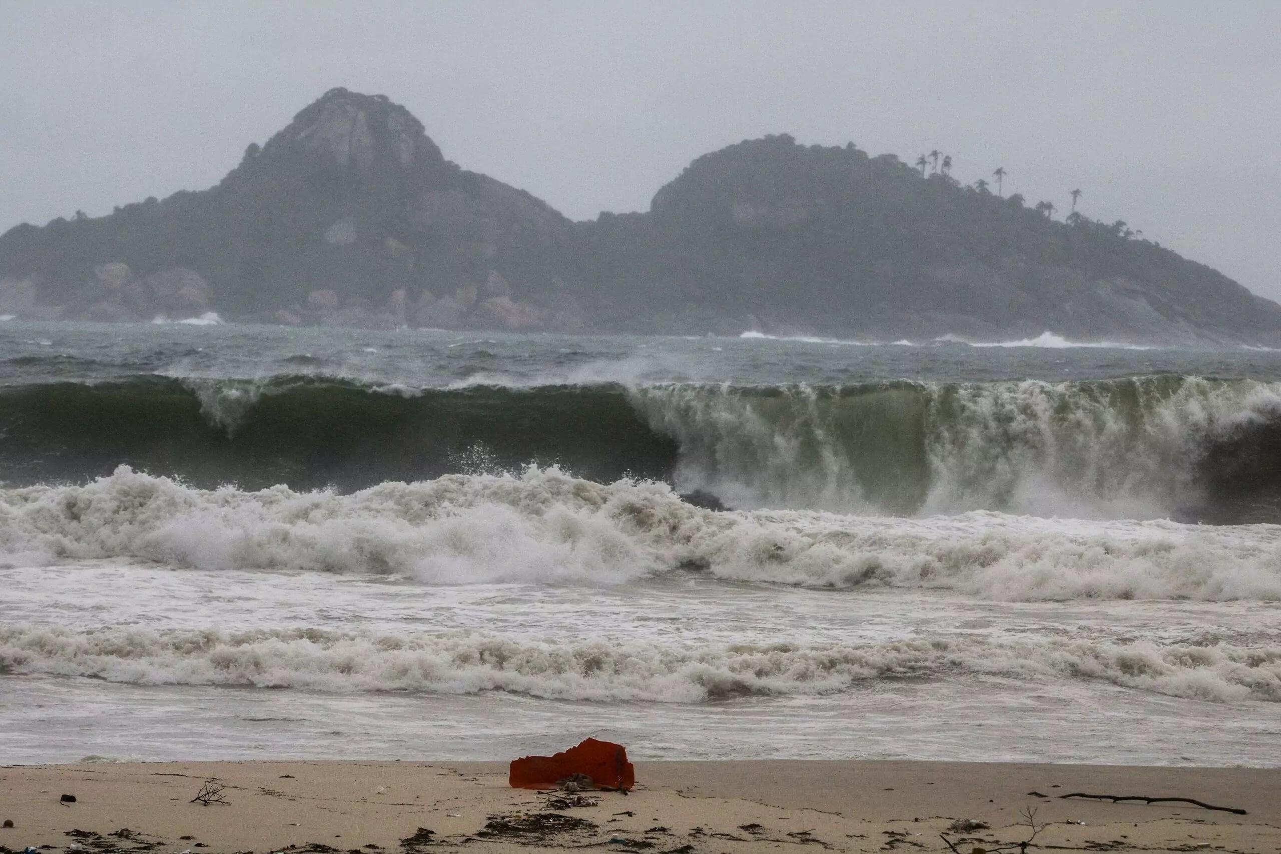 Ciclones deixam nove estados brasileiros em estado de atenção