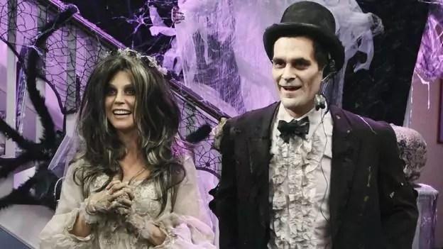 Imagem mostra cena de Halloween da série Modern Family