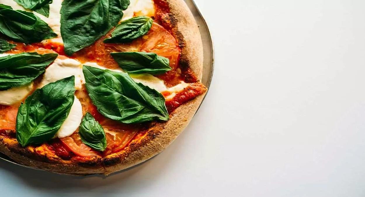 mais de 10 receitas de pizza fit