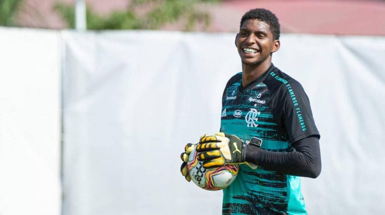 Hugo Souza, destaque da base do Flamengo