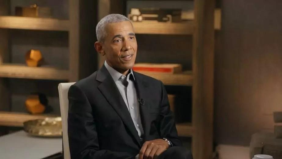 Imagem mostra Barack Obama em entrevista com Pedro Bial
