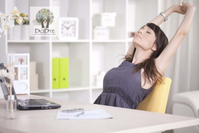 El ejercicio y el rendimiento laboral. Dcidte su mejor elección. Llámenos +593 94825120