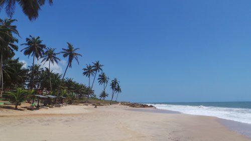 La Palm Beach Hotel 500x281 - Comprehensive List of Ghana's Most Beautiful Beaches