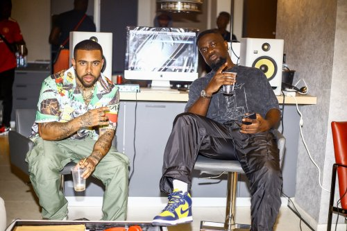 Sarkodie Vibration ft Vic Mensa www dcleakers com  mp3 image 500x333 - Sarkodie - Vibration ft. Vic Mensa