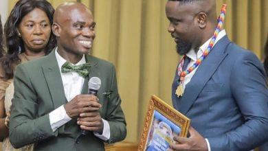 sarkodie and dr un - I will keep Dr UN Awards, It's still worth it - Sarkodie