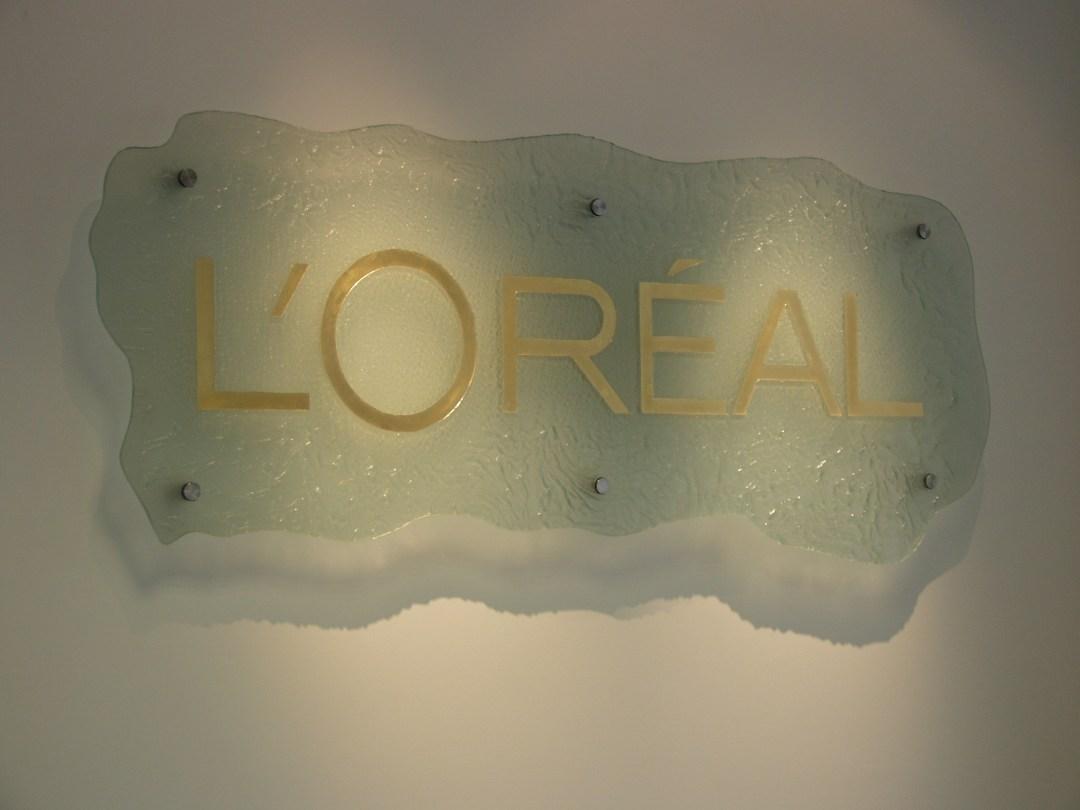 Bespoke Glass L'Oreal Logo