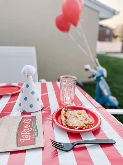 Throw A Backyard Pizza Party With LaRosas Pizzeria