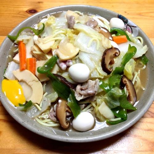 餡かけ中華麺