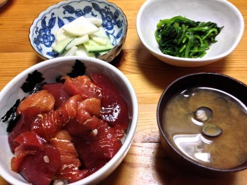 めばちマグロ丼セット