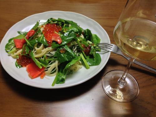 th_魚のパスタと白ワイン