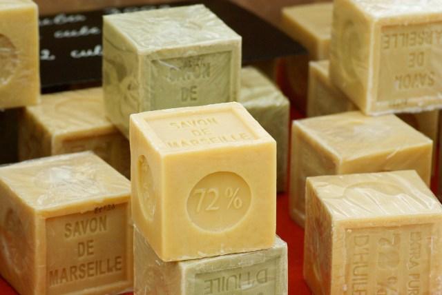 Le fameux savon de Marseille De Provence