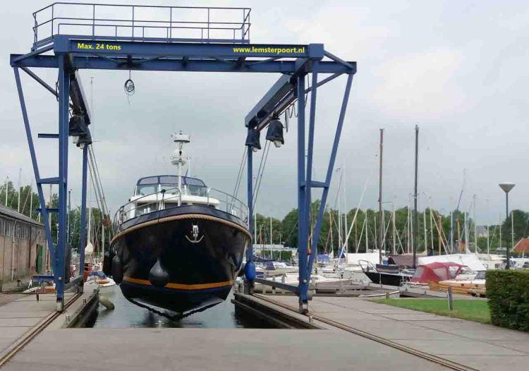 Botskran Friesland 1280 600