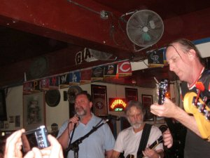 Bob Weir sitting in with The Healer Trio at 2AM Club 3/20/2010