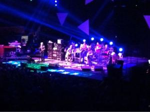 RT @hammondcheeze: #Furthur in Missoula. #RedSox win. It's a beautiful evening in #BigSkyCountry! http://yfrog.com/keamsiqj