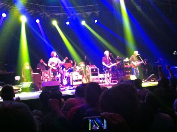 RT @EventerMom: #furthur brown eyes woman hthttp://youtu.be/3YLT1SWo728tp://t.co/wbVbF9w9