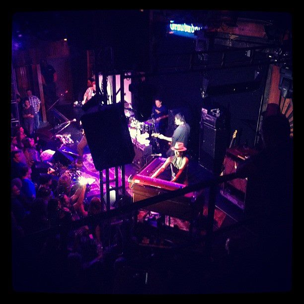 Jackie Greene Troubadour 3.2.2012 - photo by Erik Koral