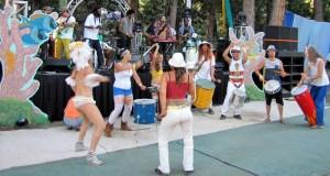 Afroliscious & Samba Stilt Circus