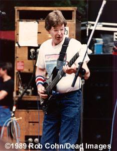 GD Frost, 5.7.89 ©RobbiCohn Deadimages (Phil Lesh)