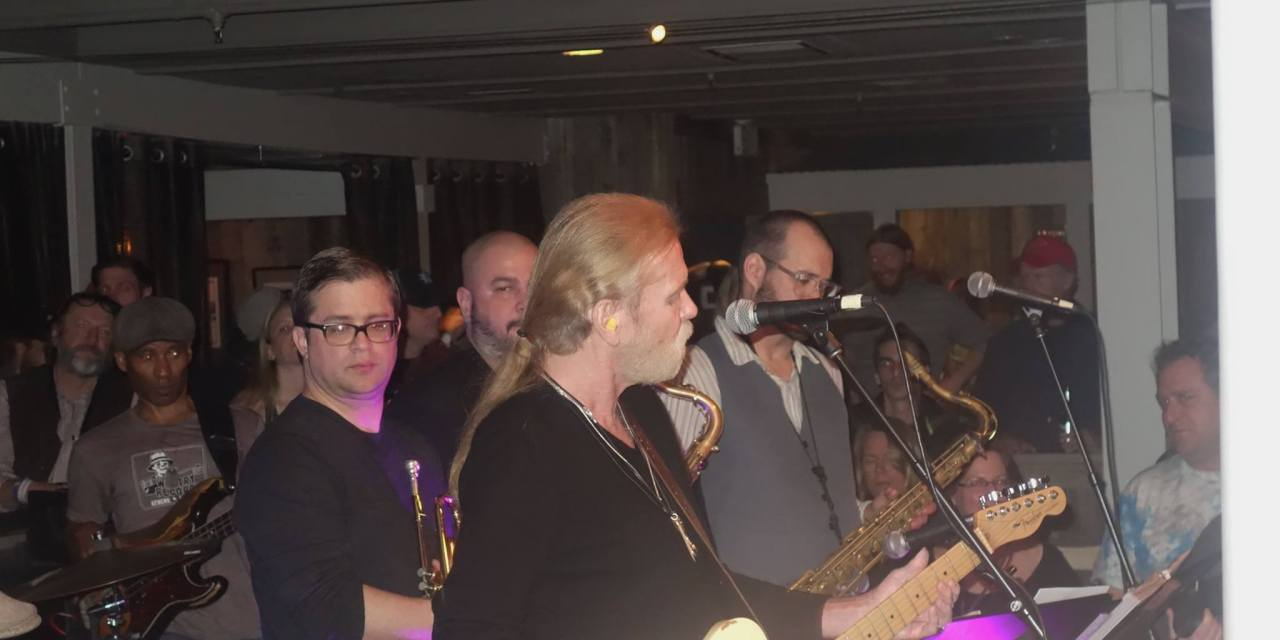 "VIDEO ""Gregg Allman, Ain't Wastin' Time No More"", Terrapin Crossroads Bar 1-23-15"" on YouTube"