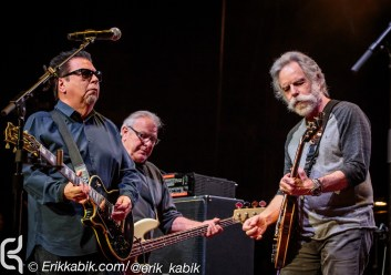 Dear Jerry: Celebrating the Music of Jerry Garcia Mickey Hart, Bill Kreutzmann's Billy & the Kids, Bob Weir, Allen Toussaint, Buddy Miller, David Grisman, Eric Church, Grace Potter, Greensky Bluegrass, Jimmy Cliff, Jorma Kaukonen, Los Lobos, moe., O.A.R., Peter Frampton, Railroad Earth, The Disco Biscuits, Trampled by Turtles, Widespread Panic, Yonder Mountain String Band, Communion Ft. Phil Lesh, Stu Allen, Grahame Lesh, Ross James, Alex Koford, Jason Crosby, No Lawn Chairs! Thu, May 14, 2015 Merriweather Post Pavilion Columbia, MD - Images © Erik Kabik/ erikkabik.com