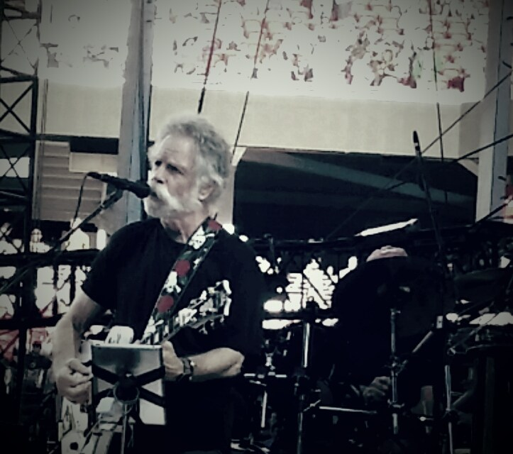 "VIDEO – Grateful Dead ""Row Jimmy"" 6/28/15 Levi's Stadium"