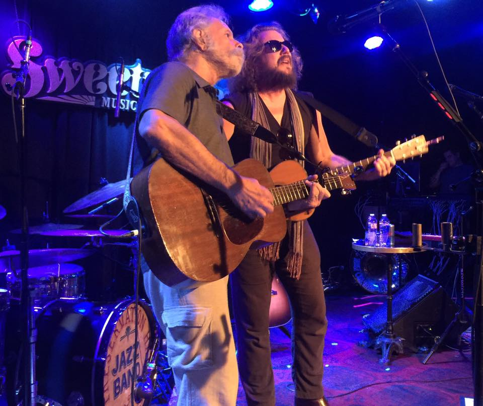Bob Weir joined Jim James on