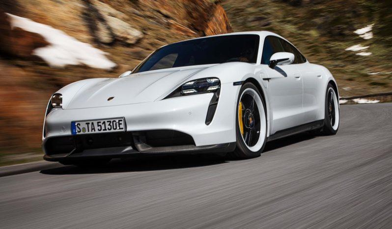 Porsche Taycan Turbo S lleno