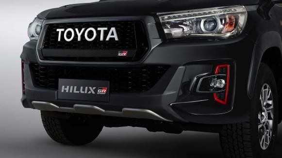 Toyota Hilux GR Sport 2020 exterior