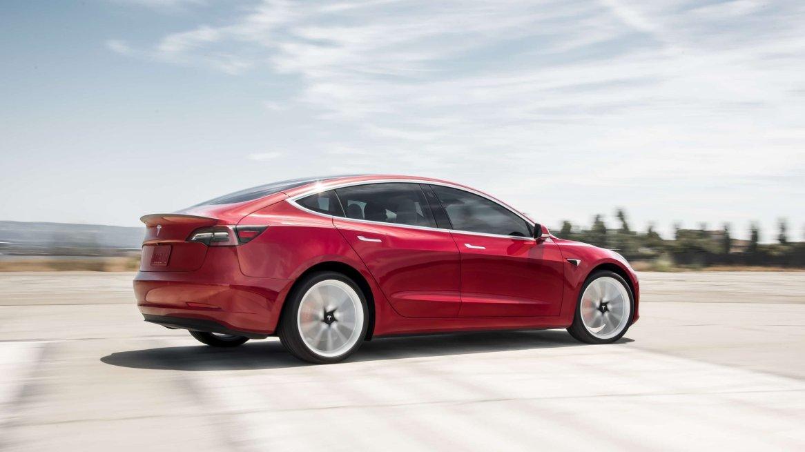 Tesla Model 3 - deagenciapa.com - 09