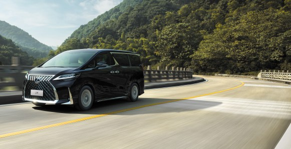 Lexus LM - deagenciapa.com - 012