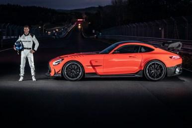 Mercedes-AMG GT Black Series (Kraftstoffverbrauch kombiniert: 12,8 l/100 km, CO2-Emissionen kombiniert: 292 g/km), 2020, Outdoor, Nürburgring Nordschleife, AMG magmabeam, MICHELIN Pilot Sport Cup 2 R MO, AMG Schmiederäder im 10-Speichen-Design, AMG Track Package, Maro Engel Mercedes-AMG GT Black Series (combined fuel consumption: 12,8 l/100 km, combined CO2 emissions: 292 g/km), 2020, Outdoor, Nürburgring Nordschleife, AMG magmabeam, MICHELIN Pilot Sport Cup 2 R MO, AMG 10-spoke forged wheels, AMG Track Package, Maro Engel