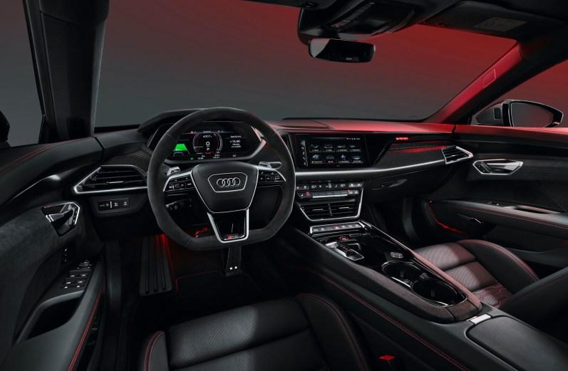 Audi e-tron RS GT interior