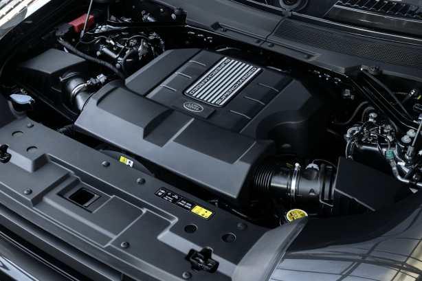 Land Rover Defender V8 2022 motor