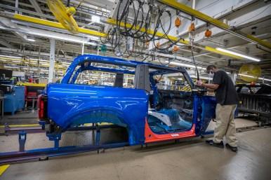 Ford Bronco en la línea de ensamblaje