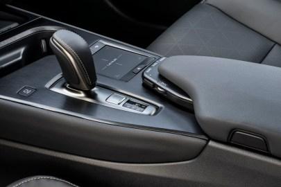 Lexus UX300e interior