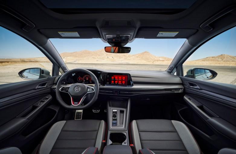 Volkswagen GTI 2022 interior