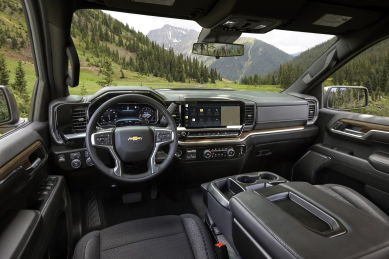 Chevrolet-Silverado-LT