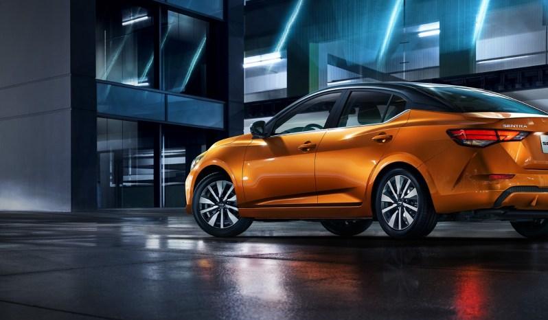 Nissan Sentra Advance lleno