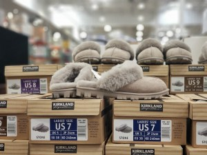 costco-Kirkland-Slippers