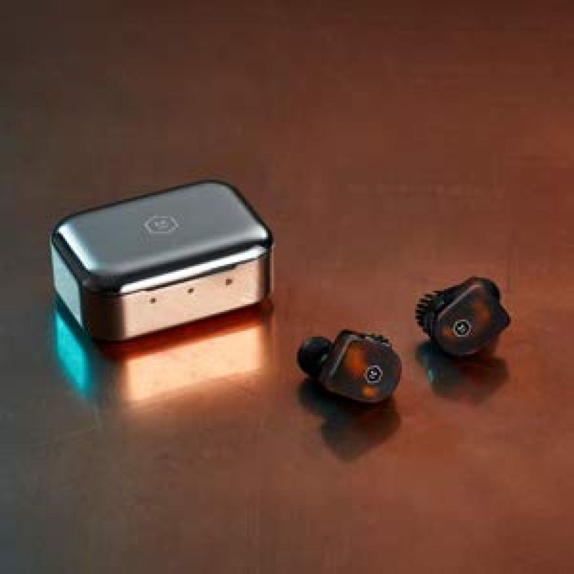 Amazon.com: Master & Dynamic MW07 True Wireless Earphones with Best-in-Class Bluetooth 4.2 Connectivity and 10mm Beryllium Drivers for Unmatched Sound in a Wireless Earbud, Tortoiseshell: Electronics