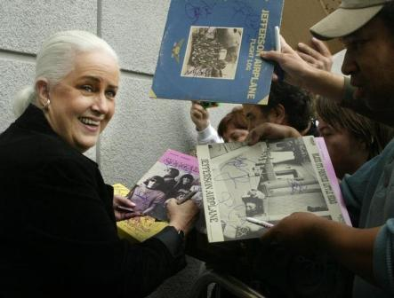 Grace Slick, signing autographs at the Hollywood RockWalk in 2002