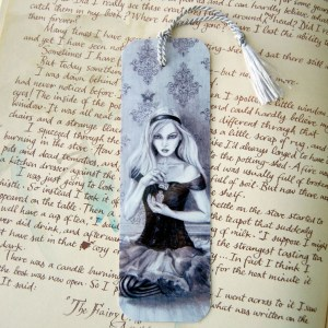 Alice - Bookmark