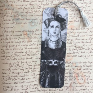 Queen of Hearts - Bookmark