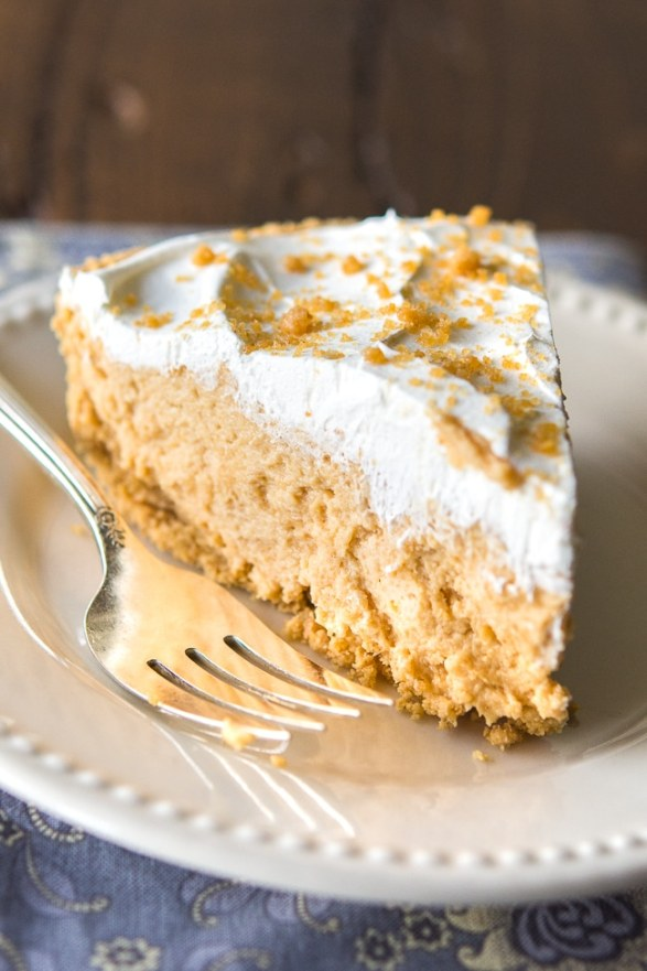 Easy Peanut Butter Pie by Dear Crissy
