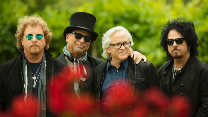 Toto 40 Trips Around the Sun download