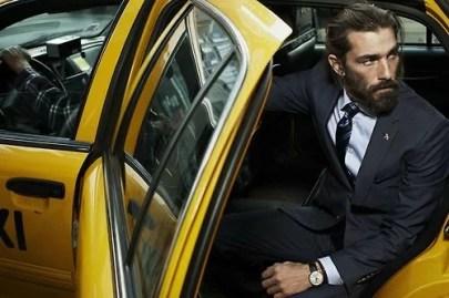 Manners-Stijlinspiratie-de-contrasterende-Suit-and-Beard-combinatie-18