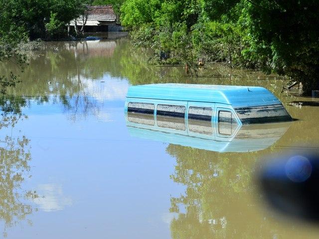 inundatii serbia