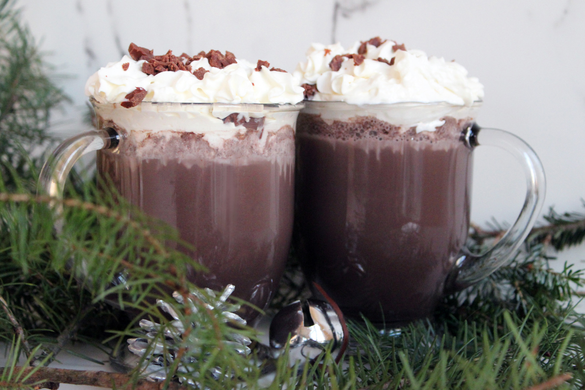 Simple and Healthy Vegan Hot Chocolate